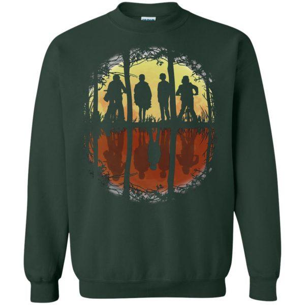 Stranger Friends sweatshirt - forest green
